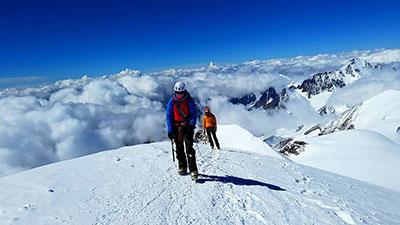 kazbeki ski tour
