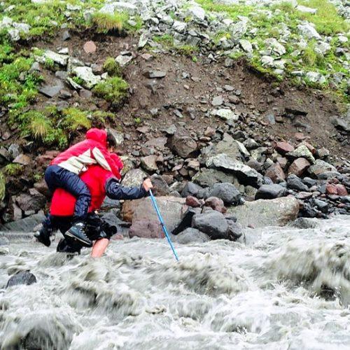 crossing the river kazbek