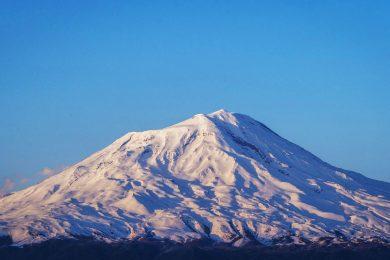 Ski touring Ararat