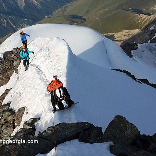 Mount Tetnuldi climbing