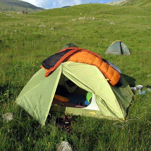 Chaukhi camping