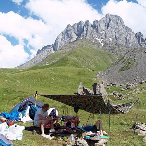 Chaukhi camp